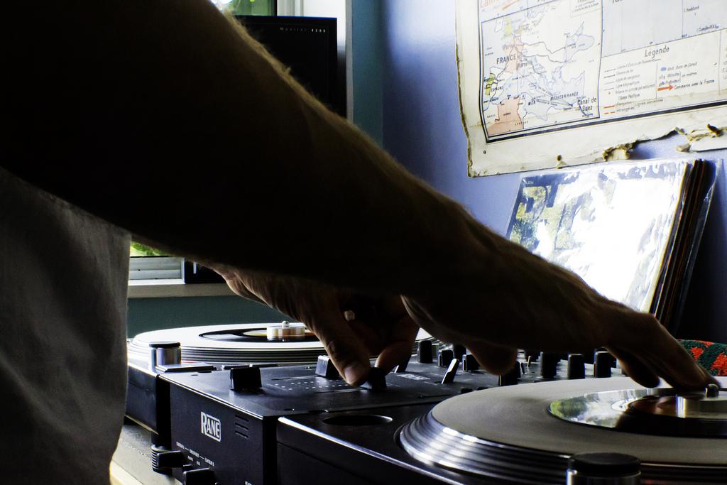DJ-Format-Record-Spinning-11